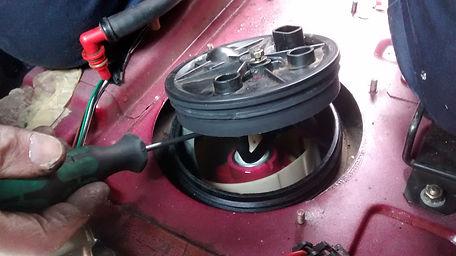 lancia delta fuel pump replace