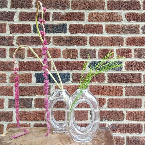 These new _Loop Vases_ are by New Hampsh
