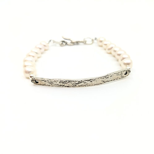 Evoke Pearl Bracelet, Freshwater Pearls and Sterling Silver