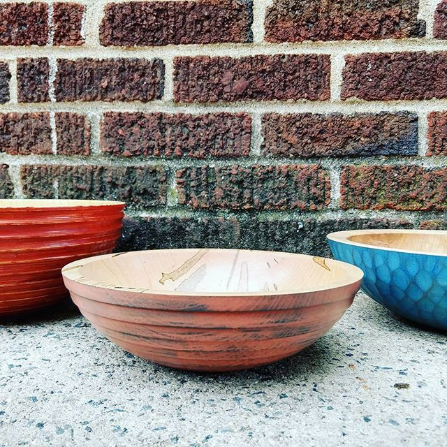 More contemporary wooden bowls by Meliss