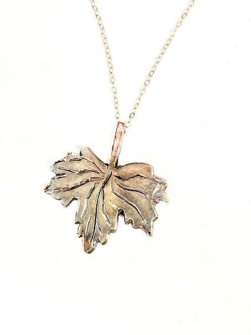 BRONZE PENDANT, CANADIAN MAPLE LEAF, 8th Anniversary, Antique Bronze/ BR1004