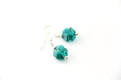 FOUR LEAF CLOVER Earrings, Swarovski Crystal Earrings, Shamrock earrings /CR1025