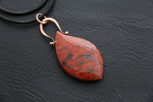 CAPE JASPER PENDANT, Marquis shaped, Copper Hinged Bail & findings /GE1010