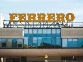Líderes de opinión de México visitaron la fábrica de Ferrero en Italia
