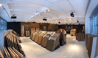 Vista panorámica al showroom de Maderas Finas Studio en Lomas de Chapultepec