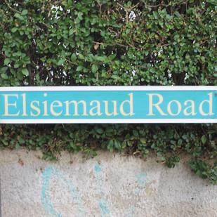 Double-Name Roads on the Bridge House Farm Estate