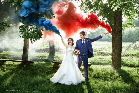 Свадебная фотосессия с дымом