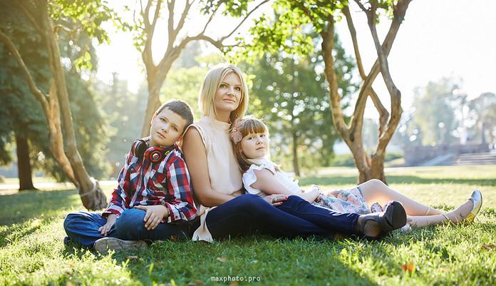 Мама с детьми