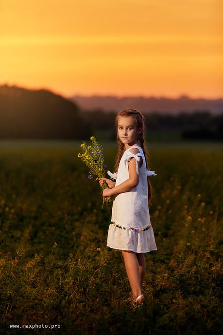 Детская фотосессия в поле