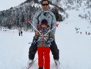 初スキーへ