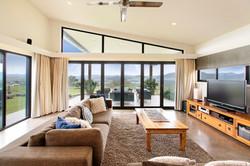 Huge open plan lounge / dining