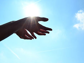 mains soleil reiki