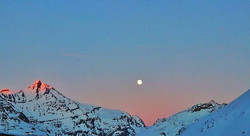 #bluemoon #supermoon #mountains #sunset