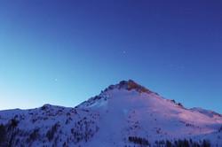 #mountains #sunrise #streetlights #longe