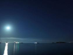 #stars #planets #moon #moonlight #reflec