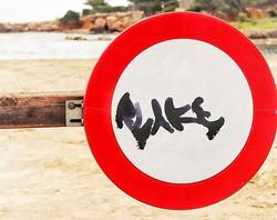 #graffiti #beach #river #rocks #red #san