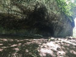 lieu où vit un dragon