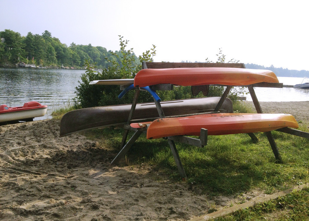 2 Kayaks + canoe