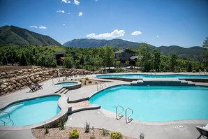 pool_landscaping1.JPG