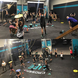 Full house at 5am today!_1rm Deadlift (12minutes)__Metcon _Total time to complete_400m run + 2mins r