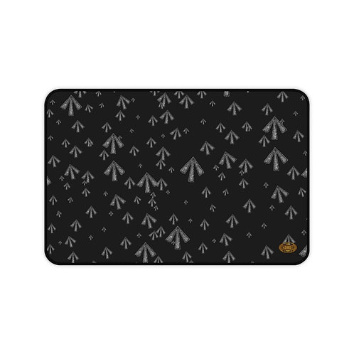 Ghost Black Table mat