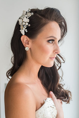 Phairis Luxury | Onsite hairstylist for the affluent bride.