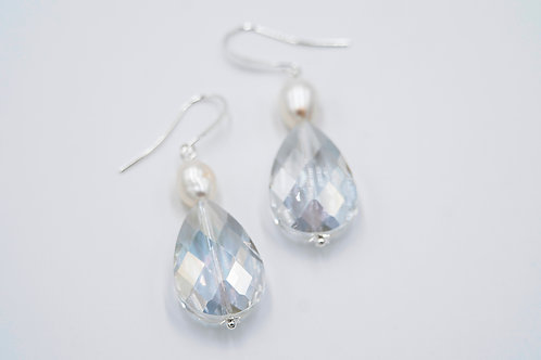 Pearlescent Glass Drop Pearl Earrings