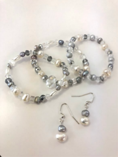 Silver Pearl Bracelet and Earring Jewelry set