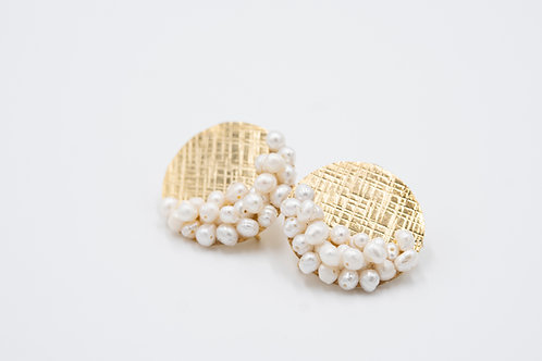 Ivory Fresh Water Pearl and Gold Cluster Earrings