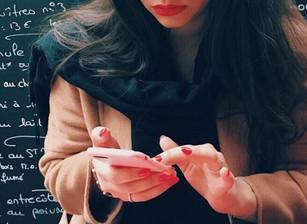 is oversharing on social media unhealthy?