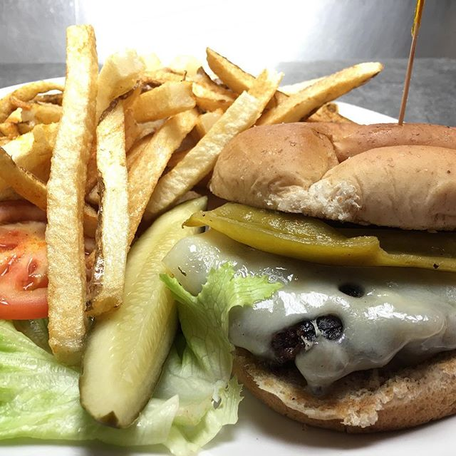 2 Price Burger Day!!! #clancysnm #joltyourjourney #burgers #food #foodie #lunch #dinner #halfprice