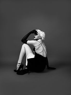 de_Sade_design_Antonia_Beatrice_2.jpg