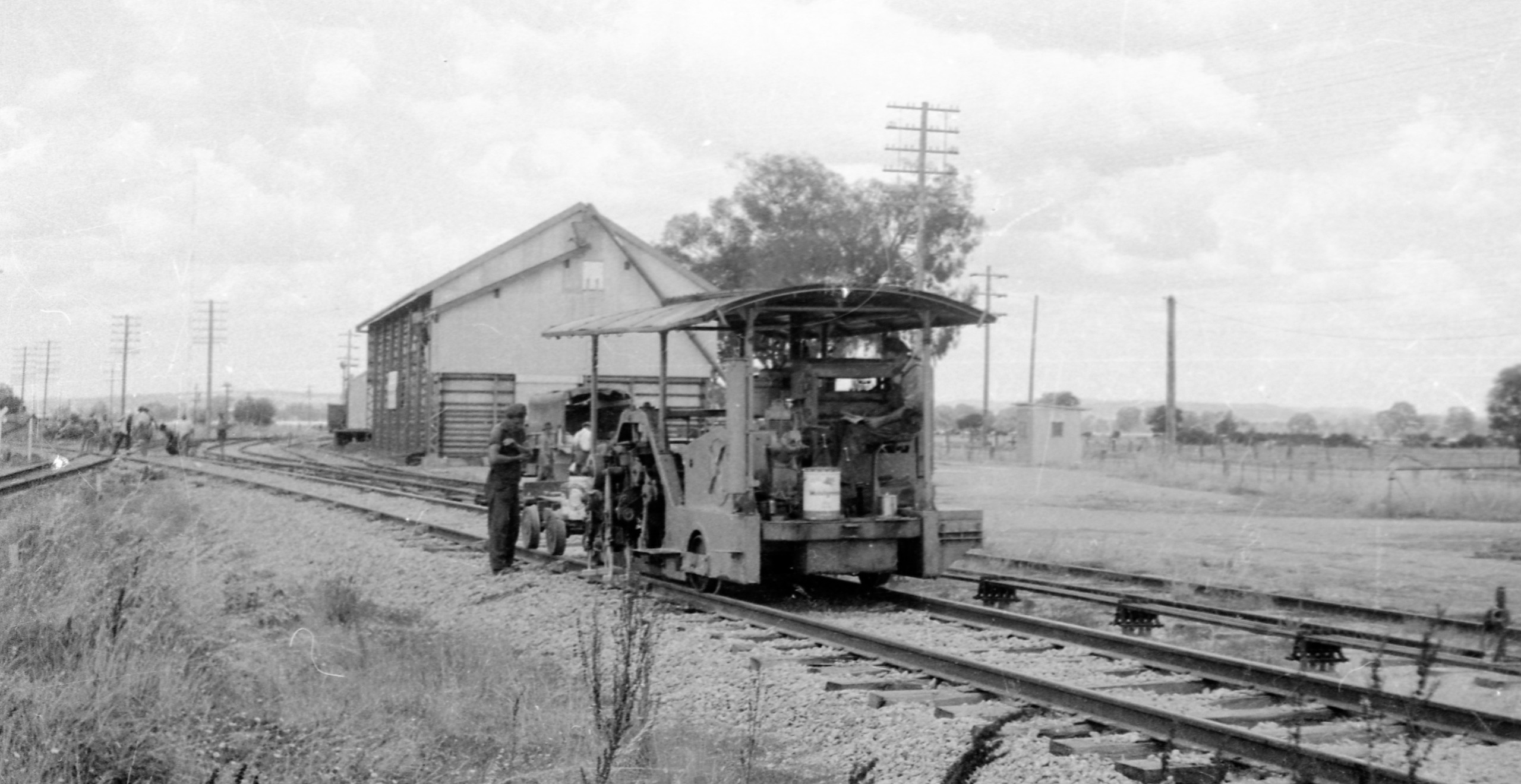 Laying the standard gauge in Victoria. -Railway Resource Centre, Australian Railway Historical Society NSW Division