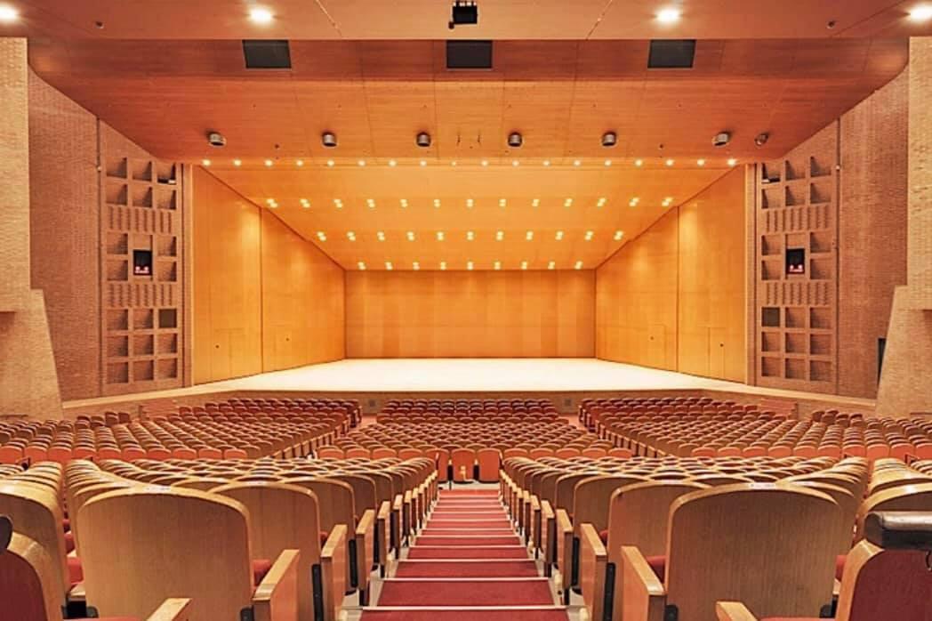 神戸市老眼大学修了式 特別上映 神戸市文化大ホール