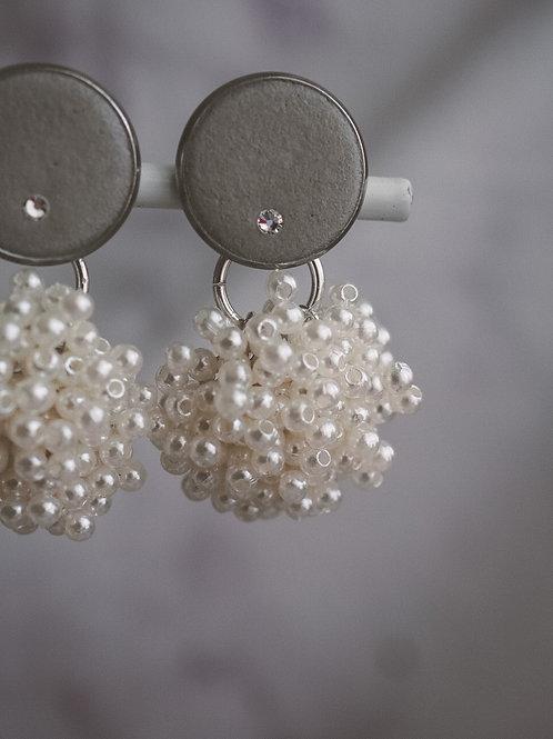 Ohrclips mit Perlenanhänger + Swarovski Kristall