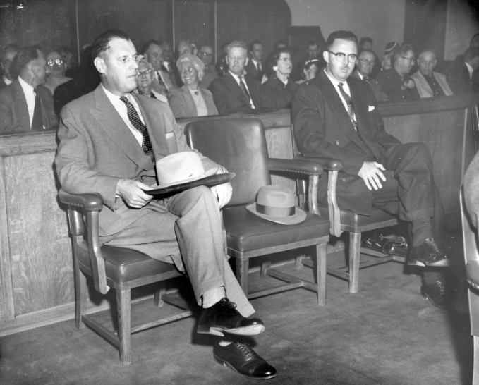 [Police Chief Walter Mulligan and Superintendant John Fisk at the police probe] General material designation Photograph Title statements of responsibility W. Cunningham Vancouver Daily Province Level of description Item Reference code AM54-S4-2-: CVA 371-230