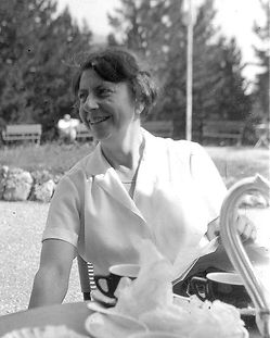 Erna_Hamburger_(1962).jpg