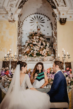 ceremony by lisbon wedding celebrant Ima