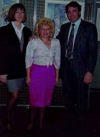 1990 LEA CON AMICI PITTORI.jpg