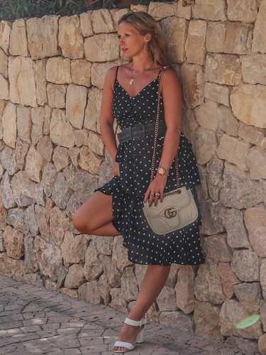 The Spanish Dress: Black & White Polkadot