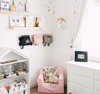 How to Style your Dolls House/House Shelves