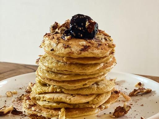 Pancakes sans gluten avec flocon d'avoine et amour