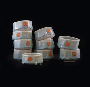 44) Bowls, porcelain clay, exterior/interior glossy/drippy Chun glaze