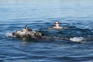 Schwimmen mit Fabiola
