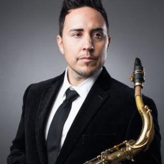 Dominic Amato on Theo Wanne SHIVA Tenor HR
