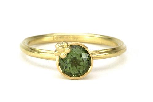 18k & Sapphire Fleurish Ring