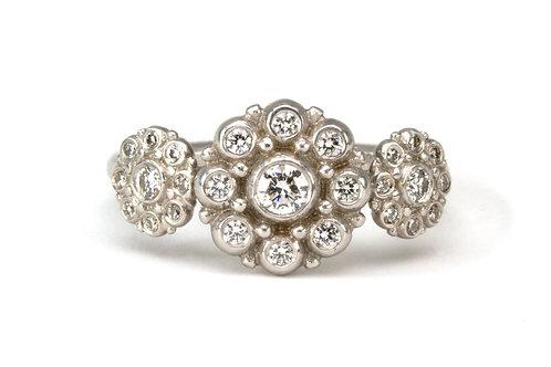 18k Triple Beady Blossom Ring