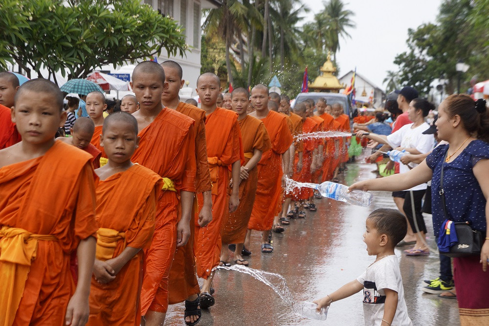 Lao New Year 2560 in Luang Prabang