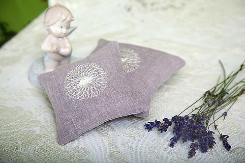 Linen Lavender Sachet with Laces