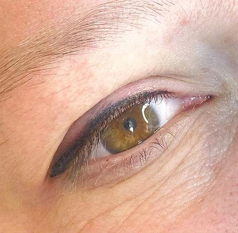 #eyeliner #linerandbrows #eternalink_edited.jpg